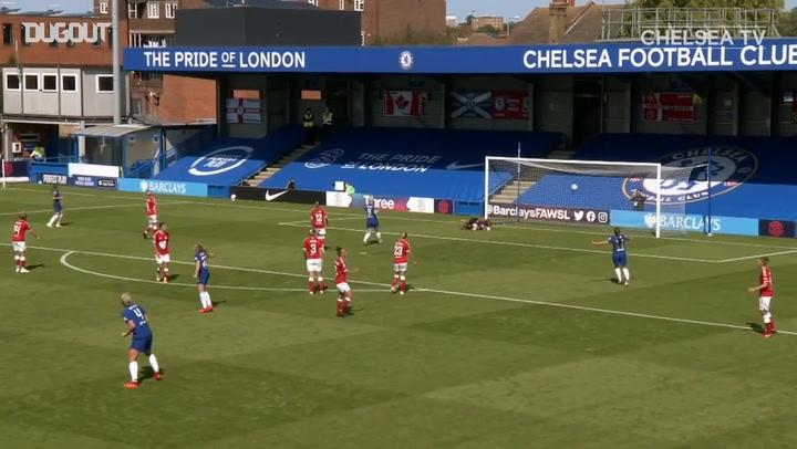 Erin Cuthbert nets in Chelsea's 9-0 romp
