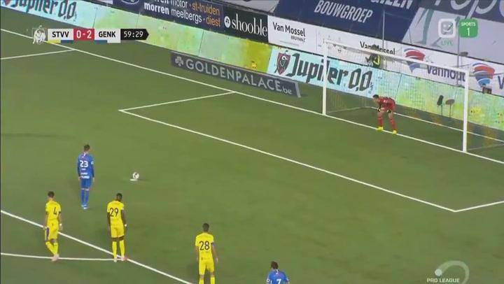 Ianis Hagi se pasa el juego y marca un penalti con cada pierna en el mismo partido