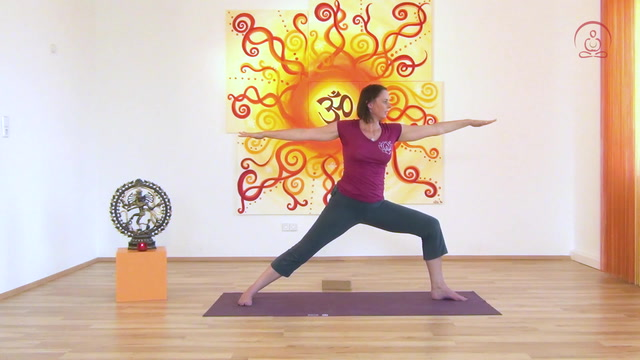 Yoga-Übungen für mehr Kraft und Mut