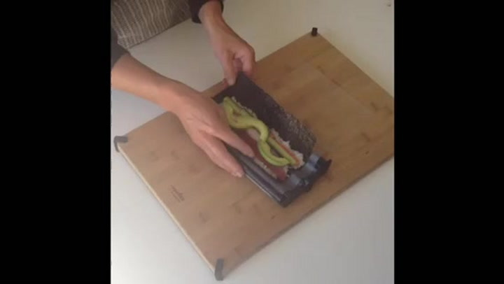 Preview image of How to use the Easy Sushi Maki Roll Maker video
