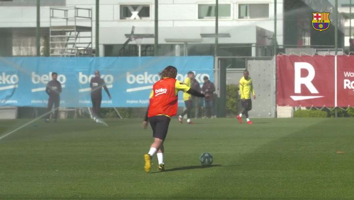 Festival de goles en el entrenamiento del Barça
