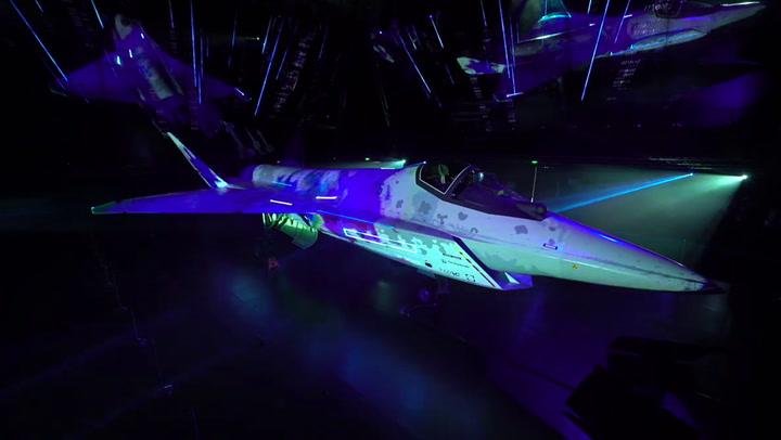 """เขี้ยวเล็บใหม่รัสเซีย ต้นแบบเครื่องบินรบล่องหน """"เช็กเมต"""" ประสิทธิภาพสูง หวังทาบ F-35 ของอเมริกา"""