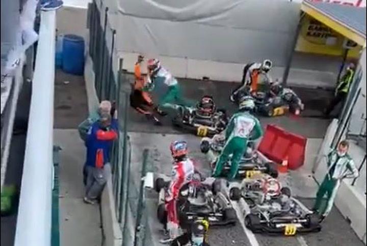 Sale a la luz otro vídeo del piloto de Karts dándole una paliza a su rival en boxes