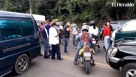 Breve toma de brujitos provocó caos en la salida al Sur de la capital de Honduras