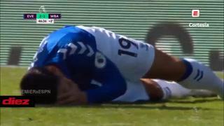 Lo picó y lo expulsaron: James Rodríguez provoca a un rival y recibe manotazo en la Premier League