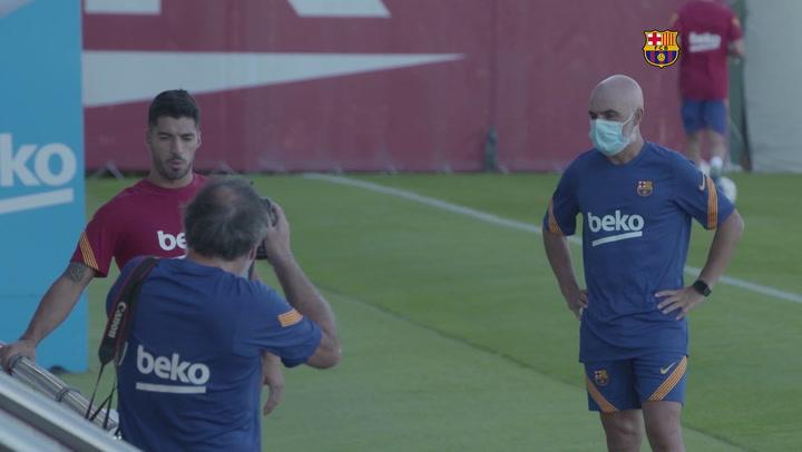 Suárez y Koeman en el entrenamiento del Barça