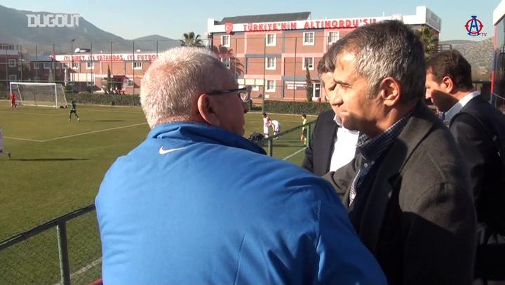 Şenol Güneş, Altınordu Futbol Akademisi'ni Ziyaret Etti