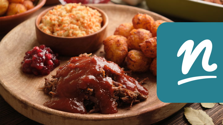 Konfitált szarvascomb vörösáfonyás BBQ-szósszal videó