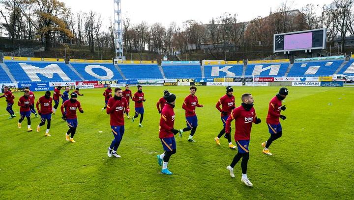 El Barça se entrena en Kiev horas antes de visitar al Dinamo
