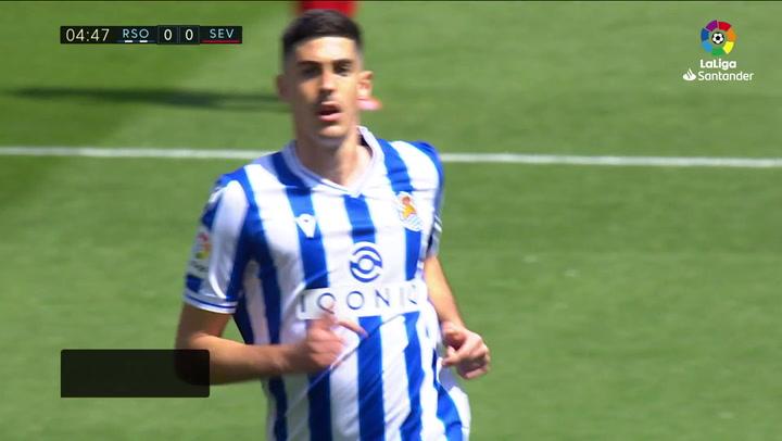 Gol de Carlos Fernández (1-0) en el Real Sociedad 1-2 Sevilla