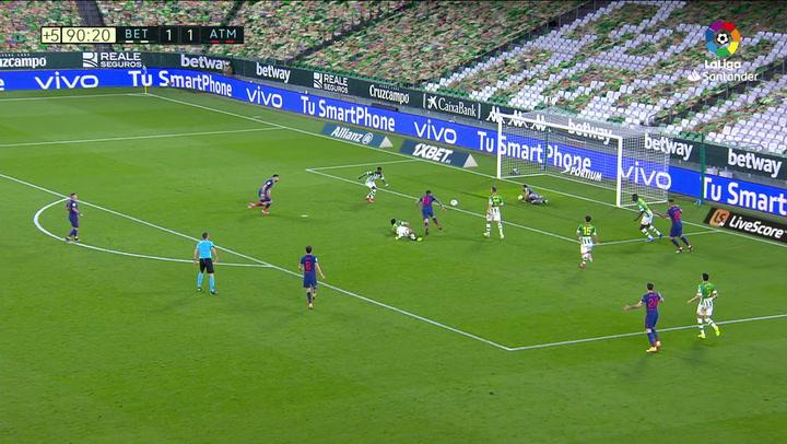 Ocasiones de gol de Correa en el Betis - Atlético de Madrid de la jornada 30