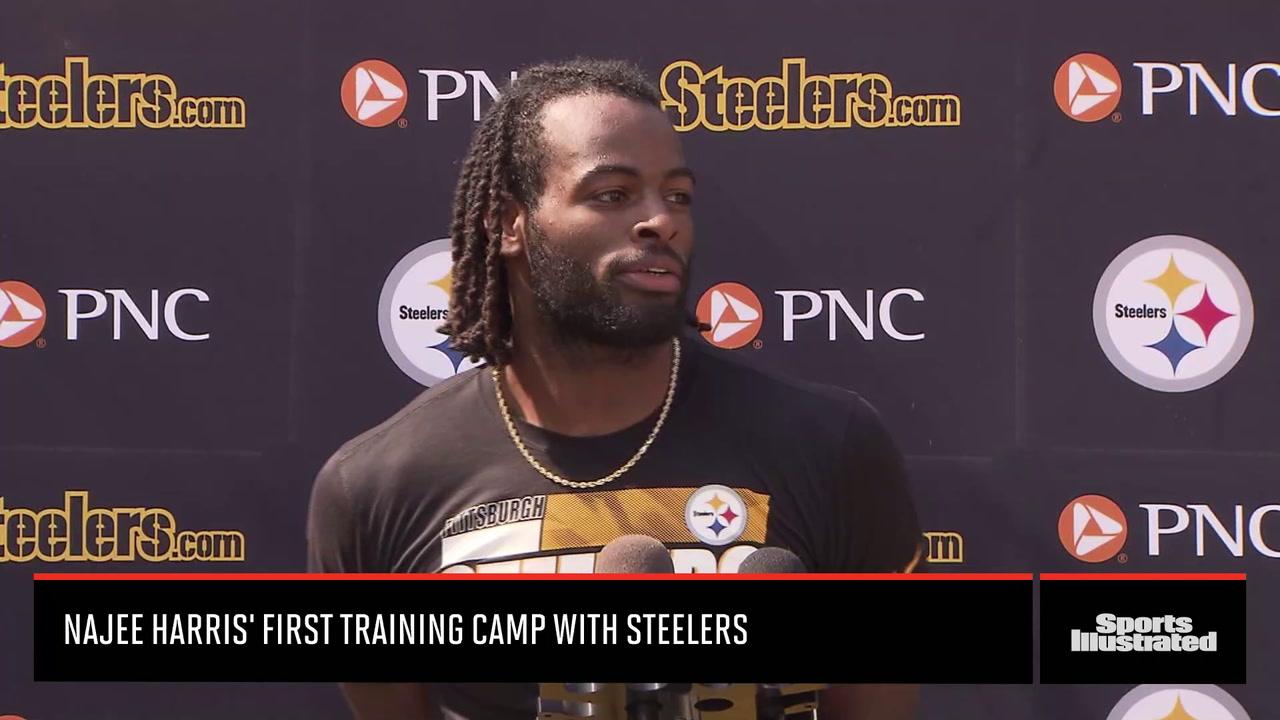Najee Harris Enjoying First Training Camp with Steelers