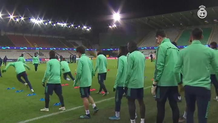 El Real Madrid se ejercitó en el estadio Jan Breydel