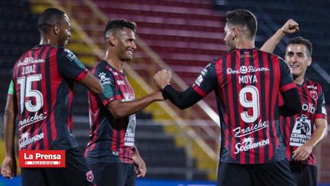 Deportes: Costa Rica, primer país de América Latina en reanudar su torneo de fútbol