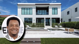Pedro Martinez Snags Ultramodern Miami Mansion for $3M