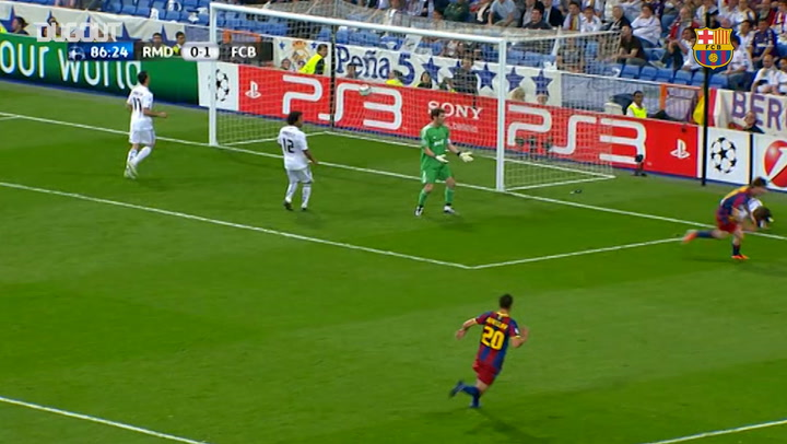 Lionel Messi's late goal downs Real Madrid at the Bernabéu