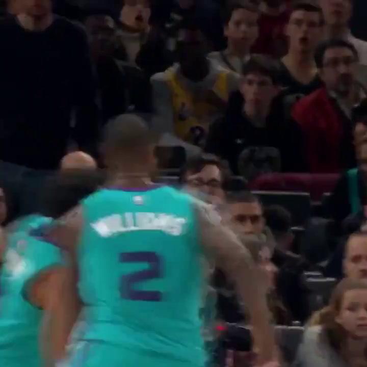 Neymar Jr. flipa con la NBA en París junto a sus compañeros en el PSG