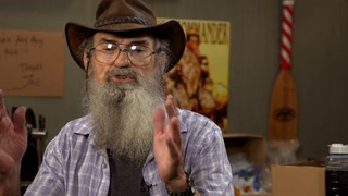 Duck Dynasty's Uncle Si says factory-built homes are a good call