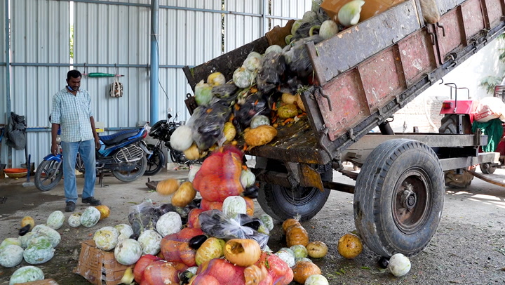 How this market turns 10 tons of food waste into energy every day