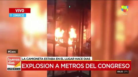 Explotó una camioneta en cercanías del Congreso de la Nación