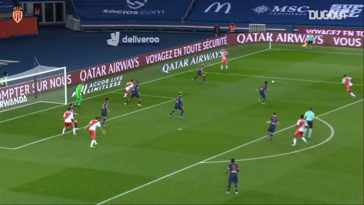 Guillermo Maripan's crucial goal vs Paris