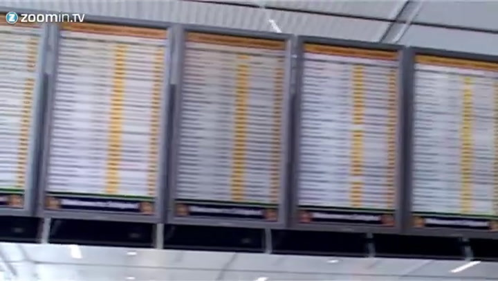Video: Tientallen vluchten Schiphol vertraagd