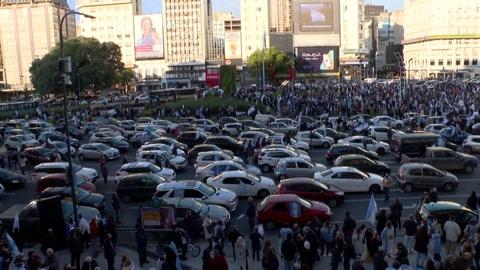 Protestas contra el gobierno en medio de cuarentena por covid-19 en Argentina