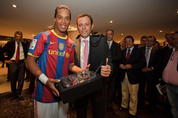 La increible anécdota de Ronaldinho antes de un Clásico