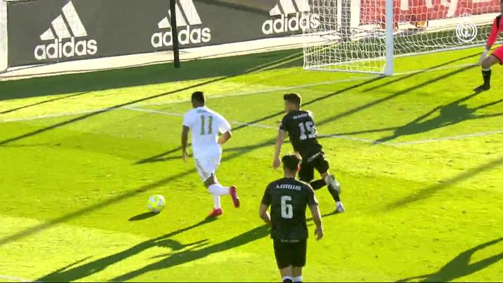 La asistencia de tacón de Reinier en su debut con el Castilla