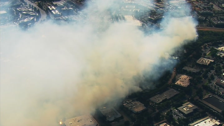 Huge vegetation fire burns across San Jose