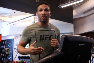 Kevin Lee says fight against Barboza will come down to the mental game