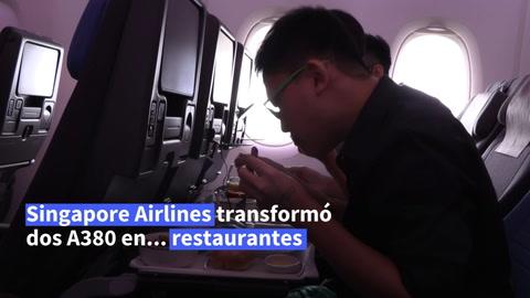 Cenar en avión… cerca del suelo