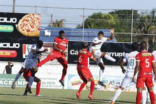 Platense y Real Sociedad se dividen puntos en regular partido en el Puerto