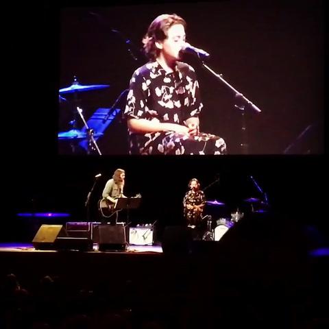 La hija de 12 años de Dave Grohl la  rompió con un cover de Adele
