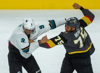 Ryan Reaves Finally Throws Down with San Jose's Evander Kane – Video
