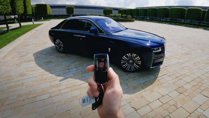 We pushed every button on a 2021 Rolls Royce Ghost