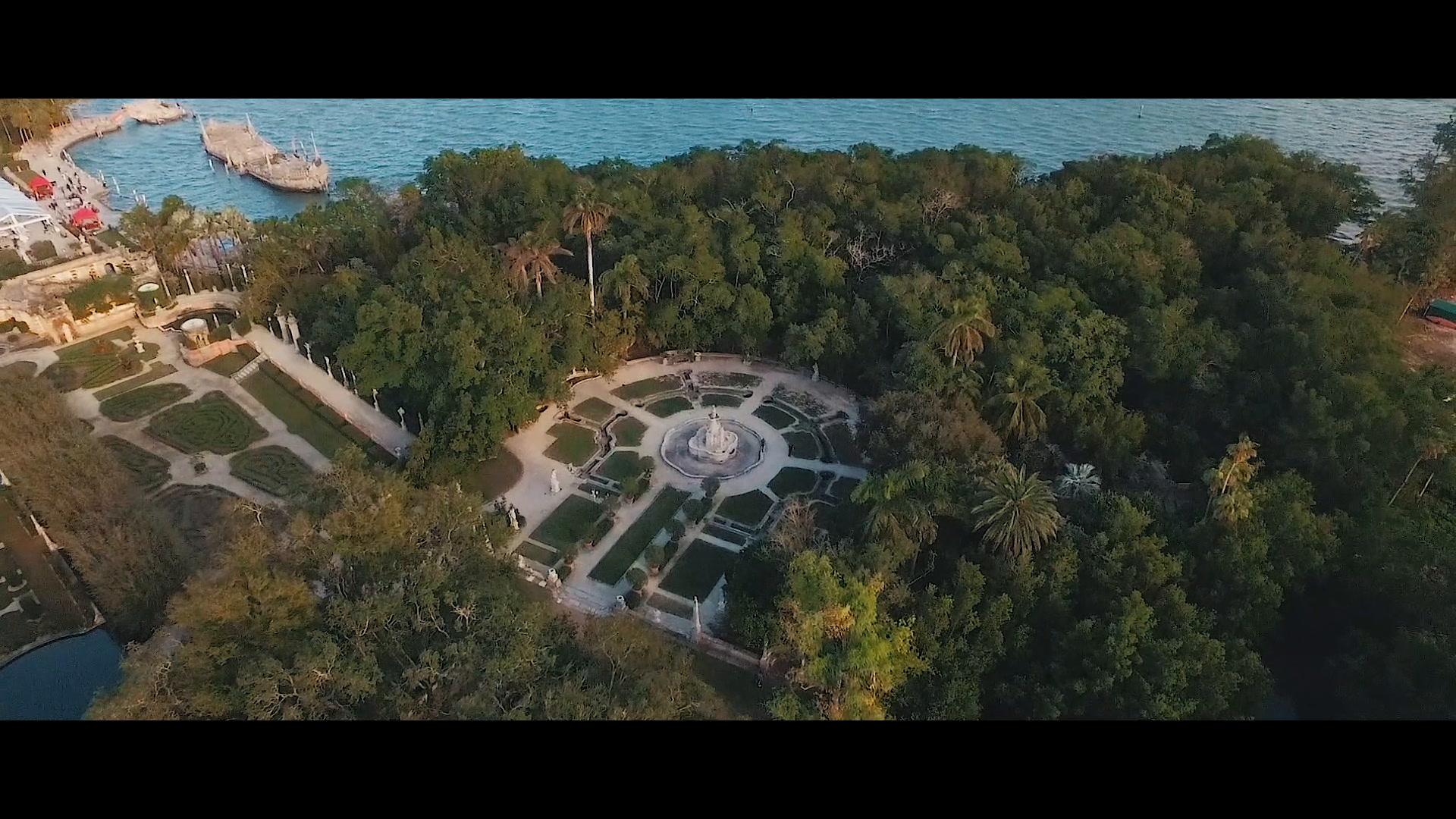 Sara + Robert | Miami, Florida | Vizcaya Museum and Gardens