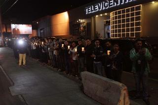 Entre aplausos y lágrimas! Empleados de Televicentro rinden homenaje a Rafael Ferrari