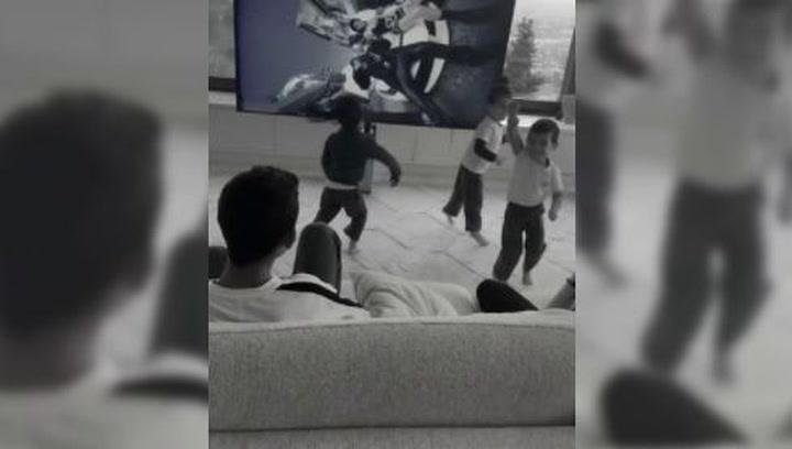 Los hijos de Cristiano y Georgina bailan para celebrar que es el máximo goleador de la historia
