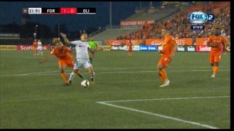 Ever Alvarado falló el penal de Olimpia y Forge FC sigue ganando el partido!