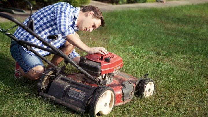 It's Time to Tune Up That Lawn Mower: Here's How