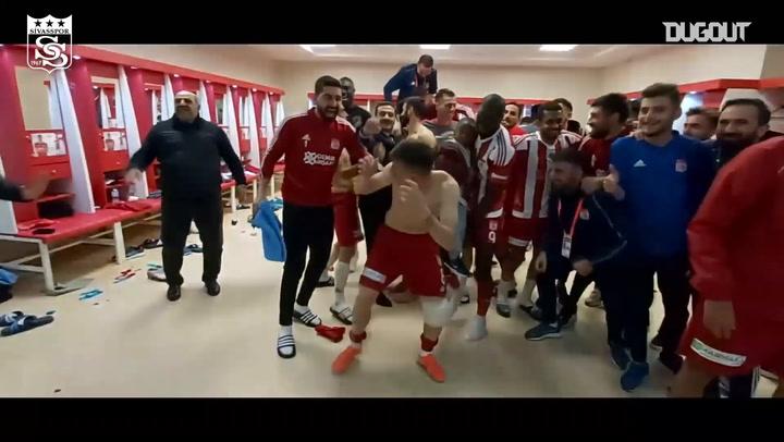 Sivasspor'da Maç Sonu Müthiş sevinç