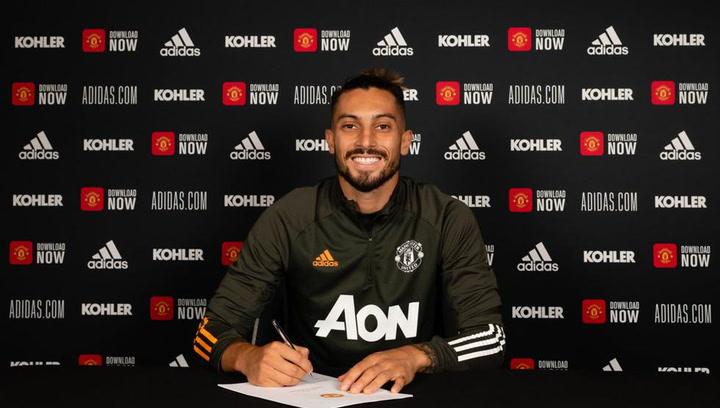 Alex Telles, nuevo jugador del Manchester United