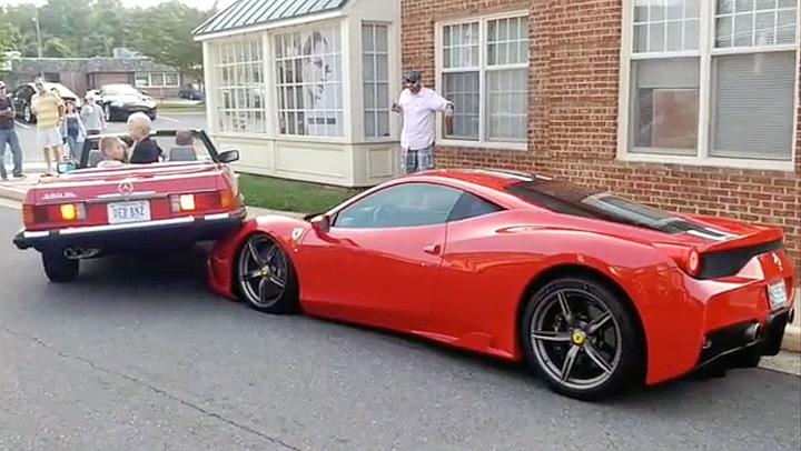 Dette synet møtte Ferrari-sjåføren: – Kødder du med meg?!