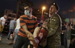 Se reportan ya 73 muertos y 3.700 heridos en Beirut tras dos enormes explosiones