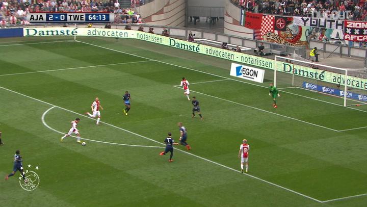Bojan's incredible strike vs FC Twente