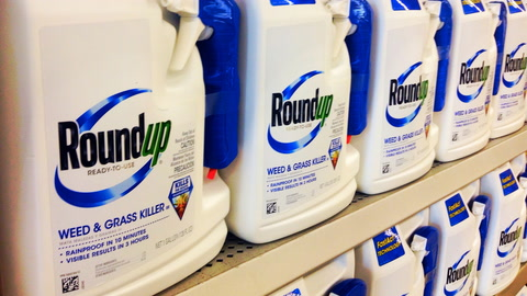 Lawsuit Claims Weed Killer  Covered Up Cancer Risk