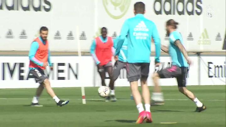 El Real Madrid sigue preparando el partido contra el Elche