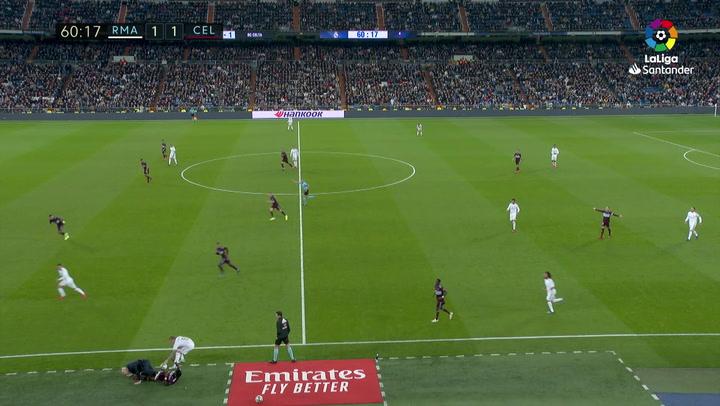 Aidoo se llevó por delante a Zidane