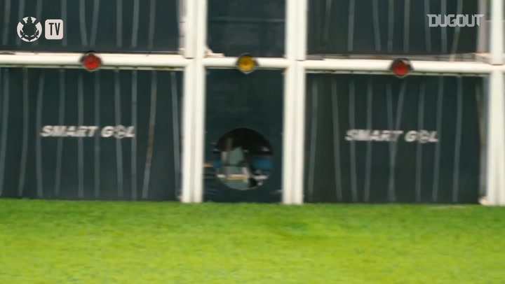 Corinthians practise finishing in training